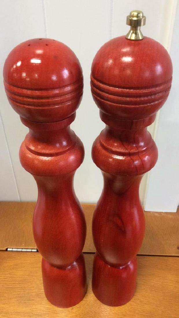 Red Wood Pepper Mill and Salt Shaker - 2