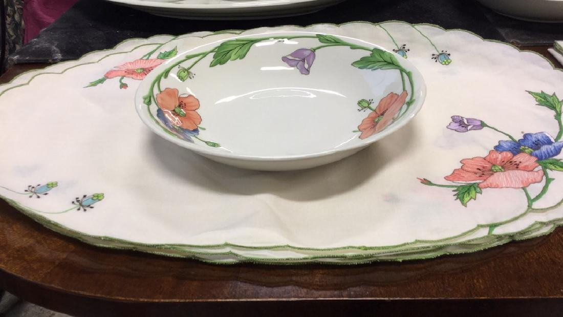 92 Piece VILLEROY & BOCH China Set - 3