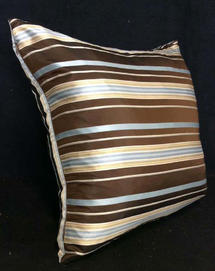 Geometric Decorative Pillow - 6