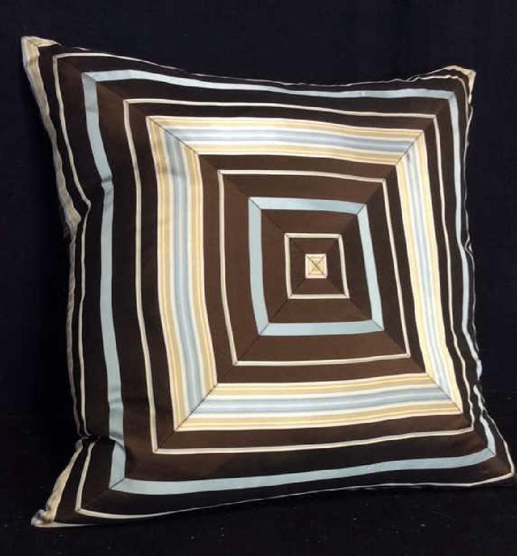 Geometric Decorative Pillow - 8