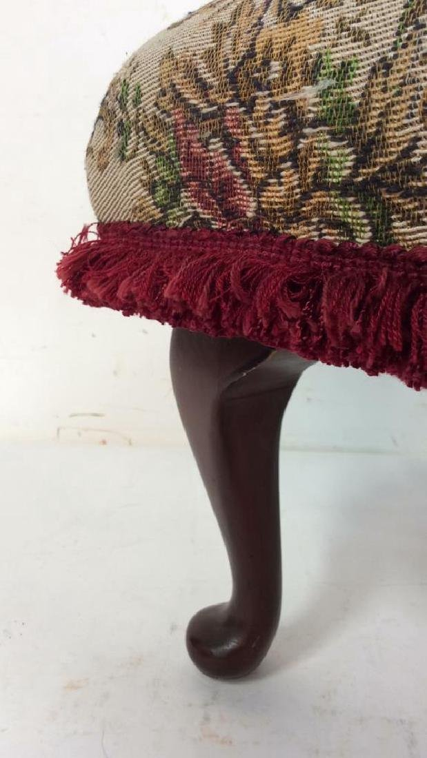 Embroidered Padded Leg Rest - 5