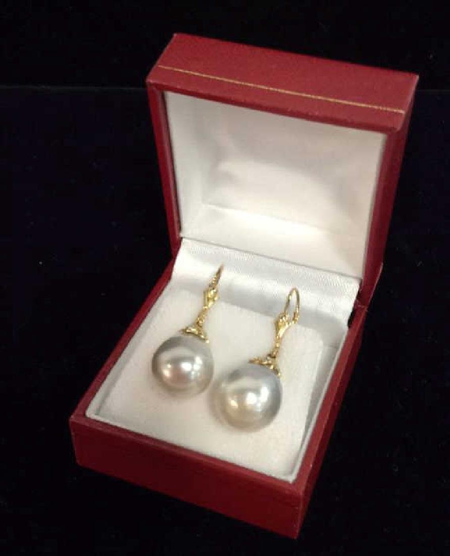 14K Gold W Hanging Pearl Earrings w Box
