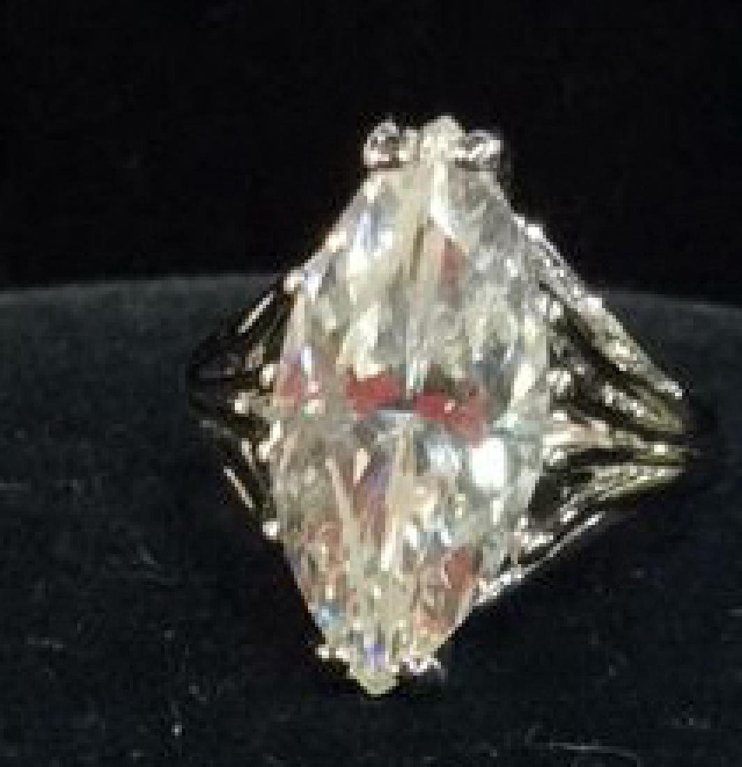 18K White Gold Plate Ring Estate Jewelry