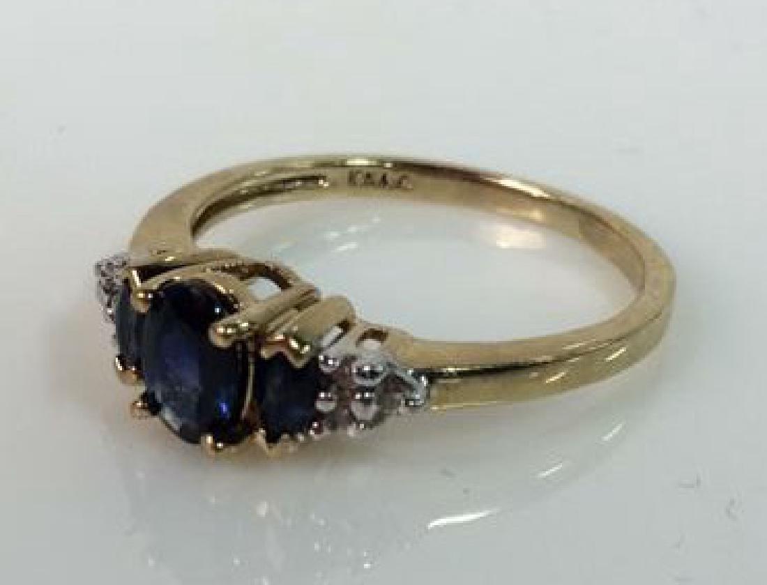Sapphire W Round Cut Diamond Ring