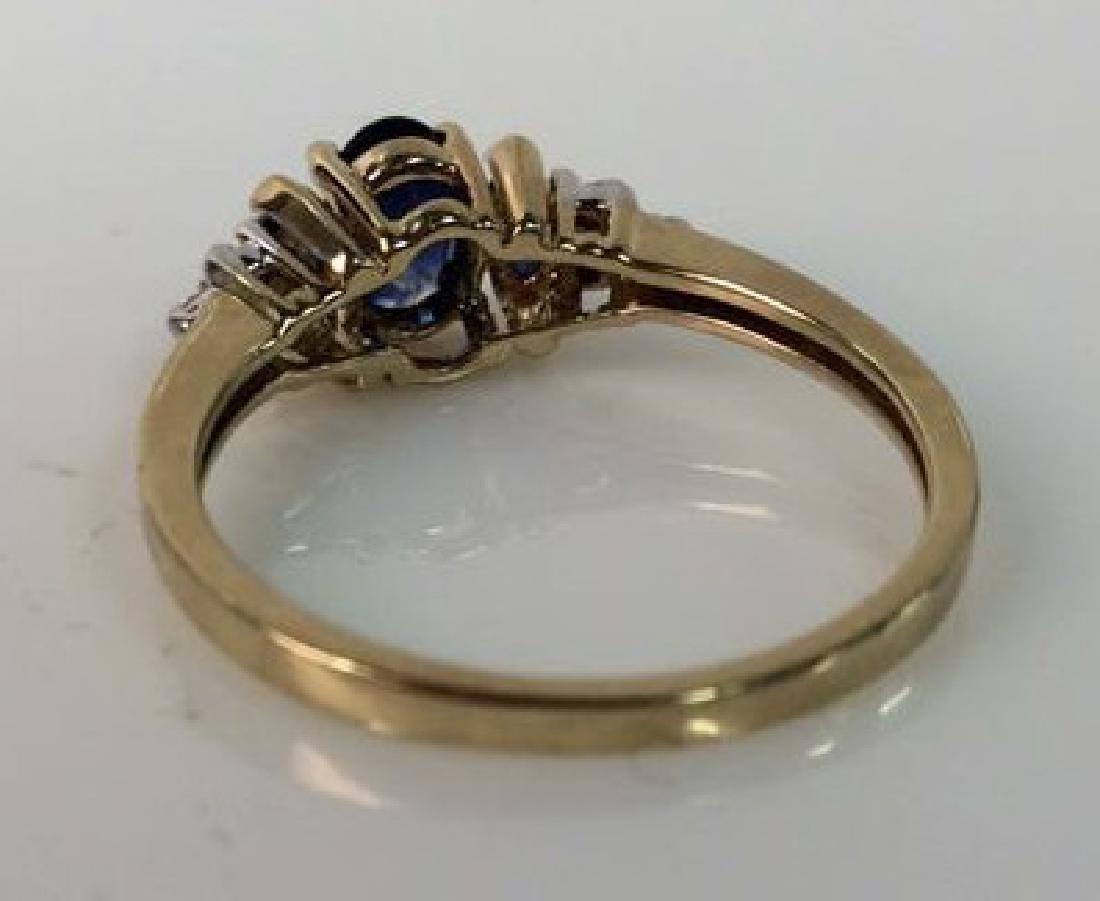 Sapphire W Round Cut Diamond Ring - 7