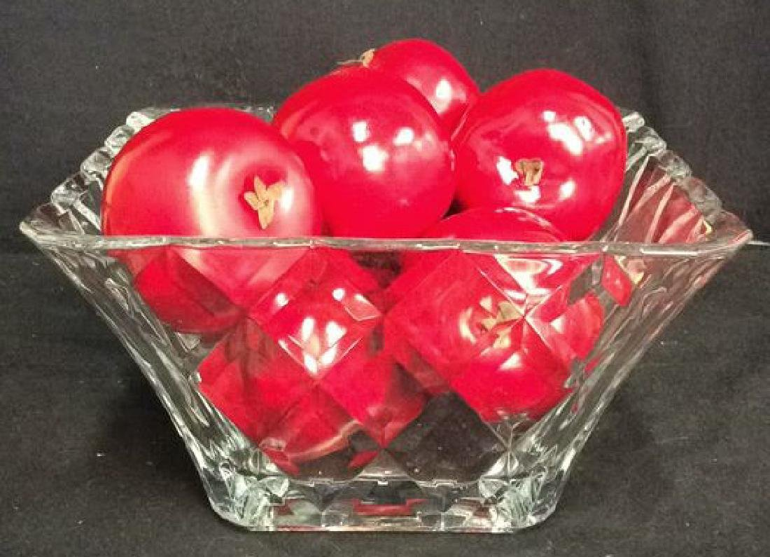 Lot 9 Glass Centerpiece Bowl W Faux Fruit