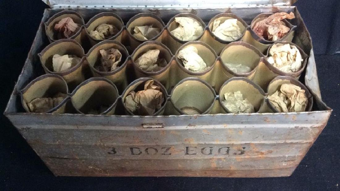 METAL PRODUCTS CO. Antique Metal Egg Crate