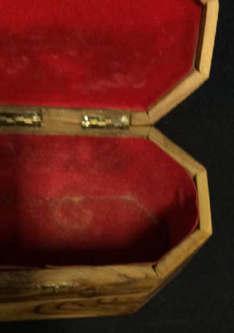 Wooden Judaica Etrog Box - 6