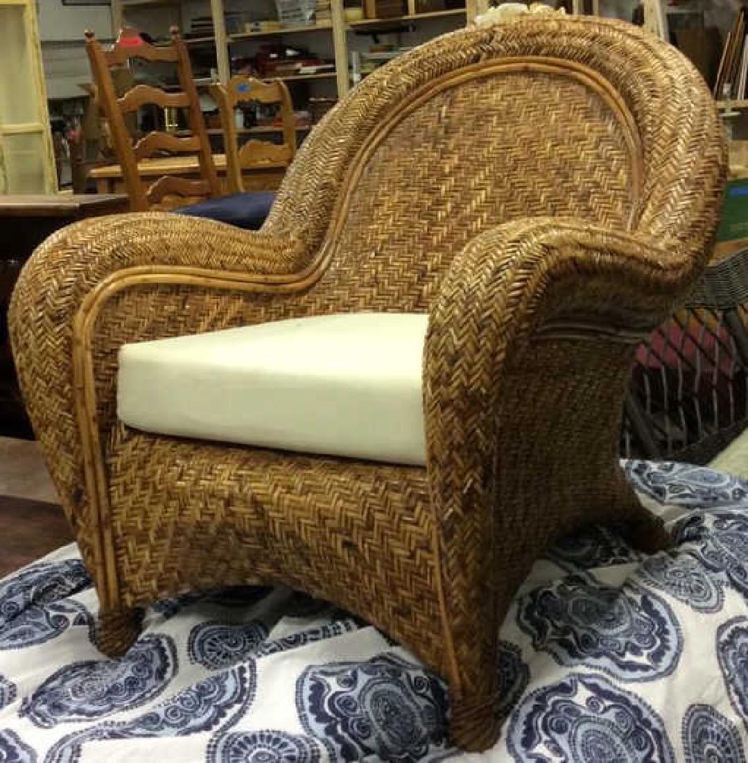 Lot 2 Woven Wicker Armchair & Footrest - 3