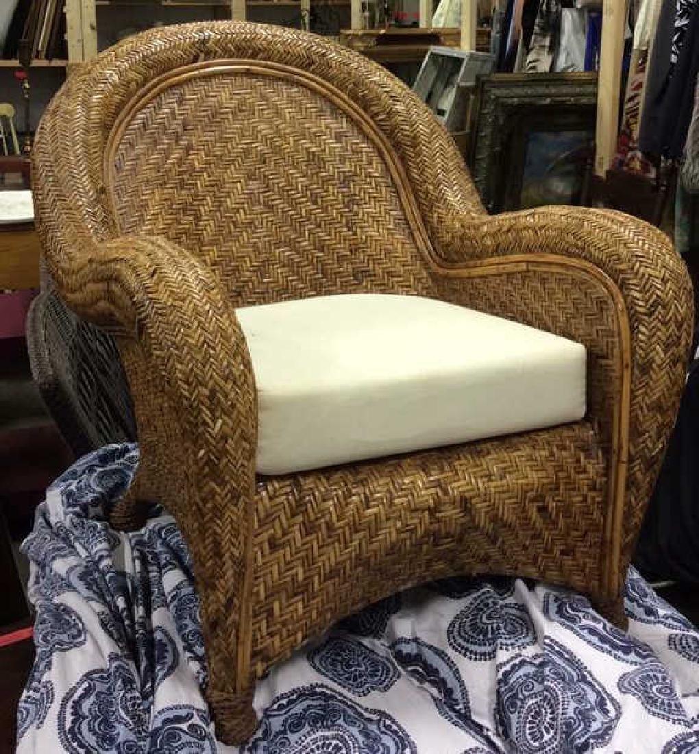 Lot 2 Woven Wicker Armchair & Footrest - 4
