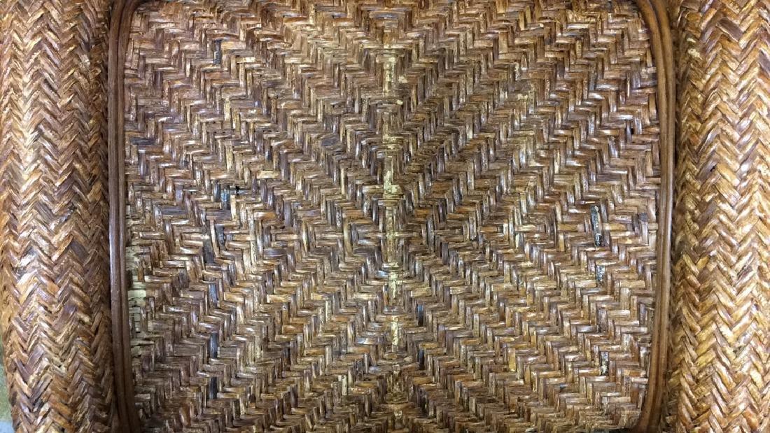 Lot 2 Woven Wicker Armchair & Footrest - 7