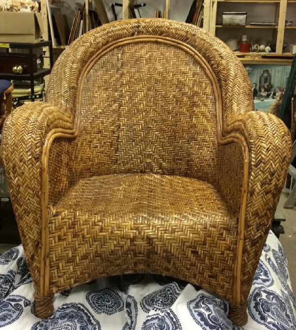Lot 2 Woven Wicker Armchair & Footrest - 8