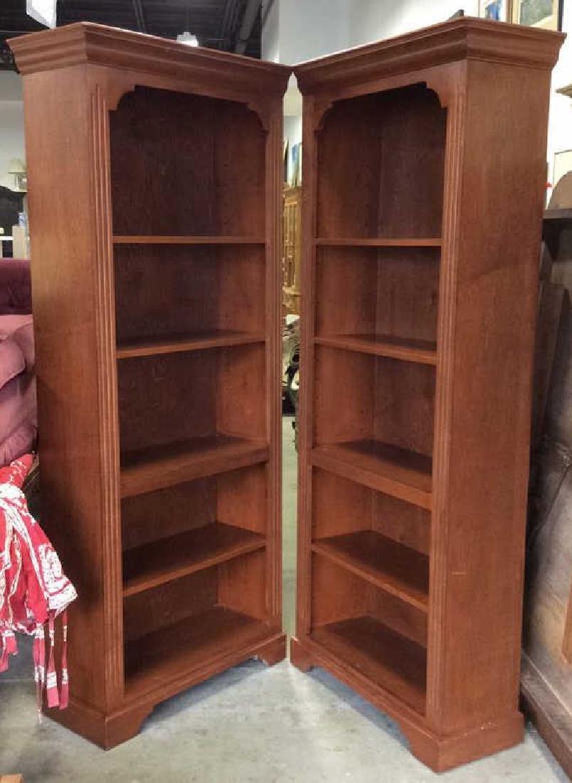 Pair WOODCRAFT INDUSTRIES INC Bookshelf Unit - 6