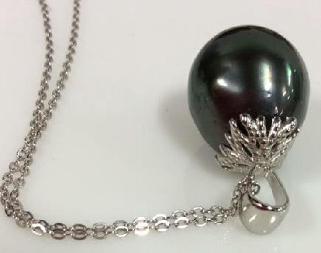 14 K White Gold Chain W Dark Pearl Pendant w Box