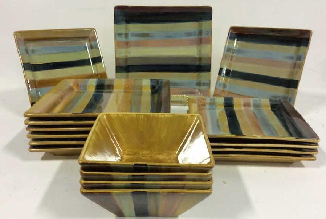 Lot 17 TABLETOP GALLERY YORK Ceramic Plates