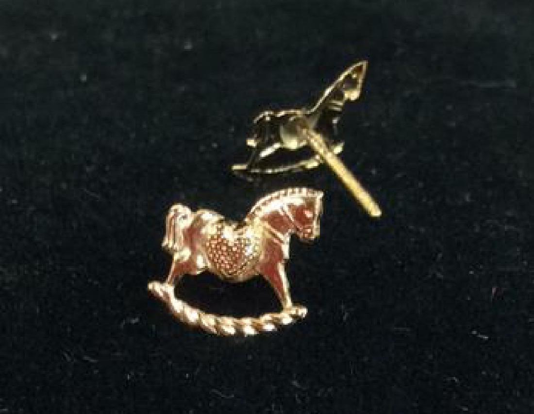 14 K Gold Rocking Horse Post Earrings w Box - 8