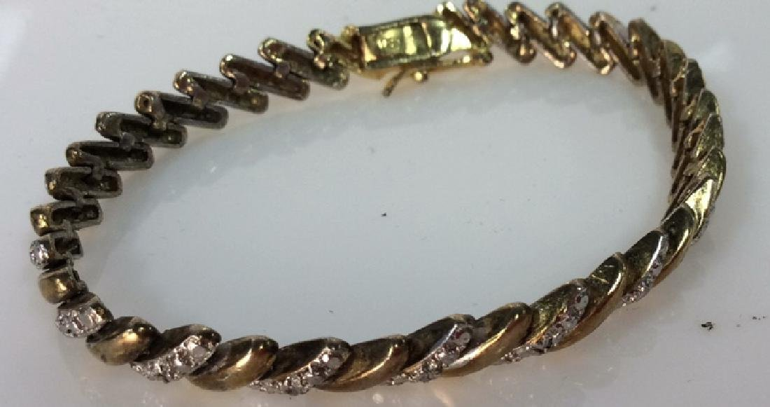 Lot 4 Assorted Gold Toned Women's Jewelry - 6