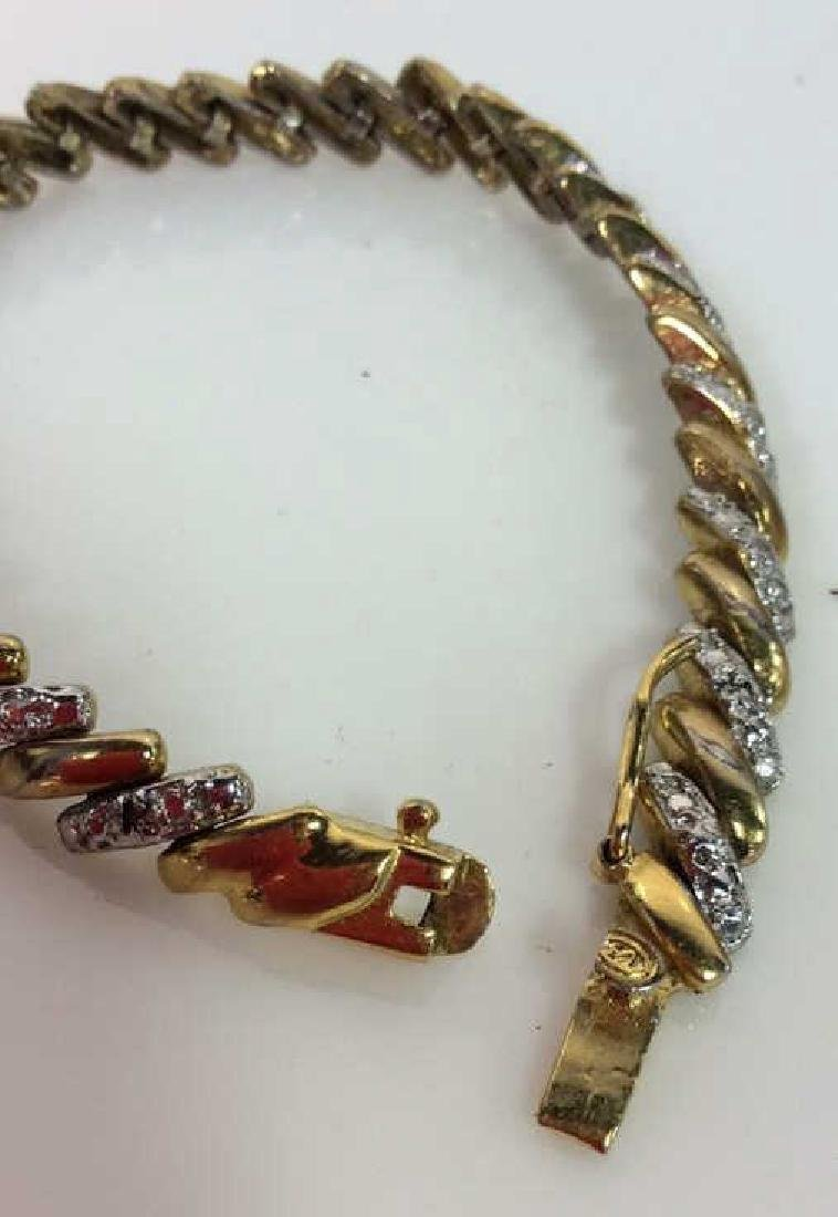 Lot 4 Assorted Gold Toned Women's Jewelry - 7