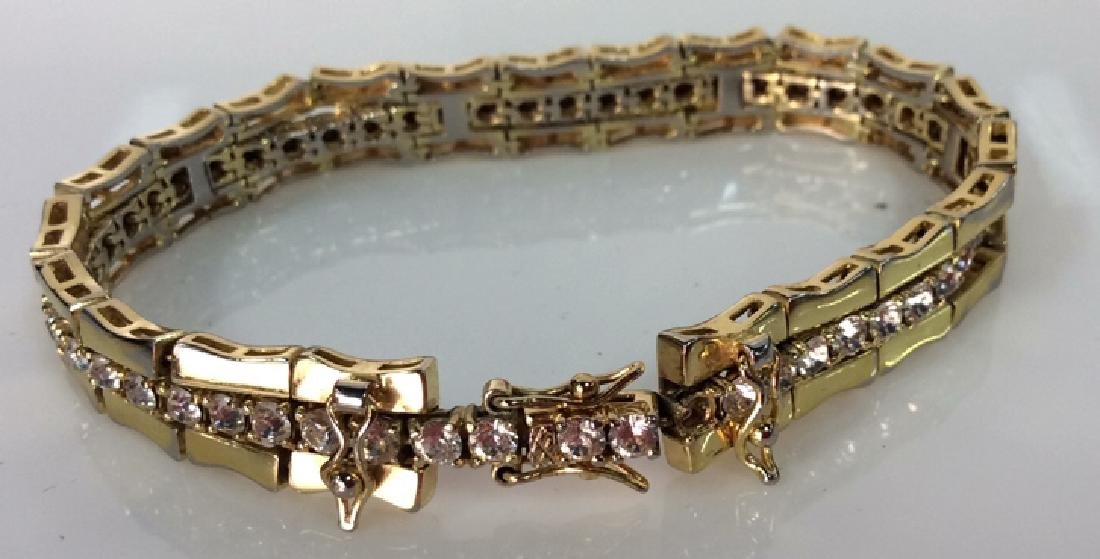 Lot 4 Assorted Gold Toned Women's Jewelry - 9