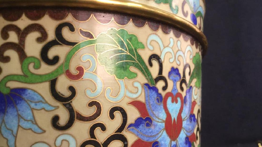 Chinoiserie Enameled Vase W Gold Toned Accents - 8