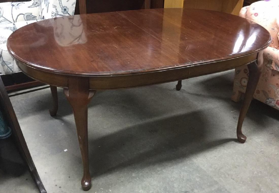 Queen Anne Cherry Oval Dining Table