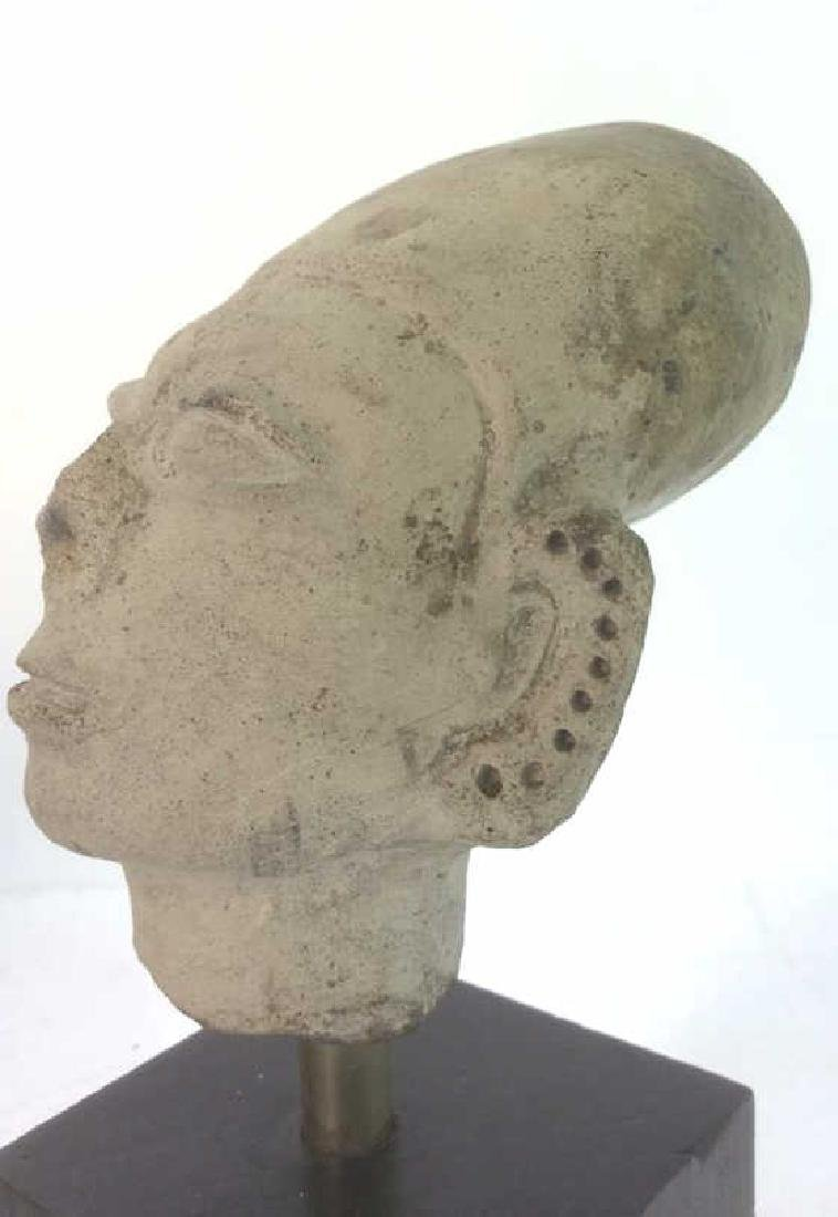 Pedestaled Head Carving Figural Pre-Columbian Styl - 7