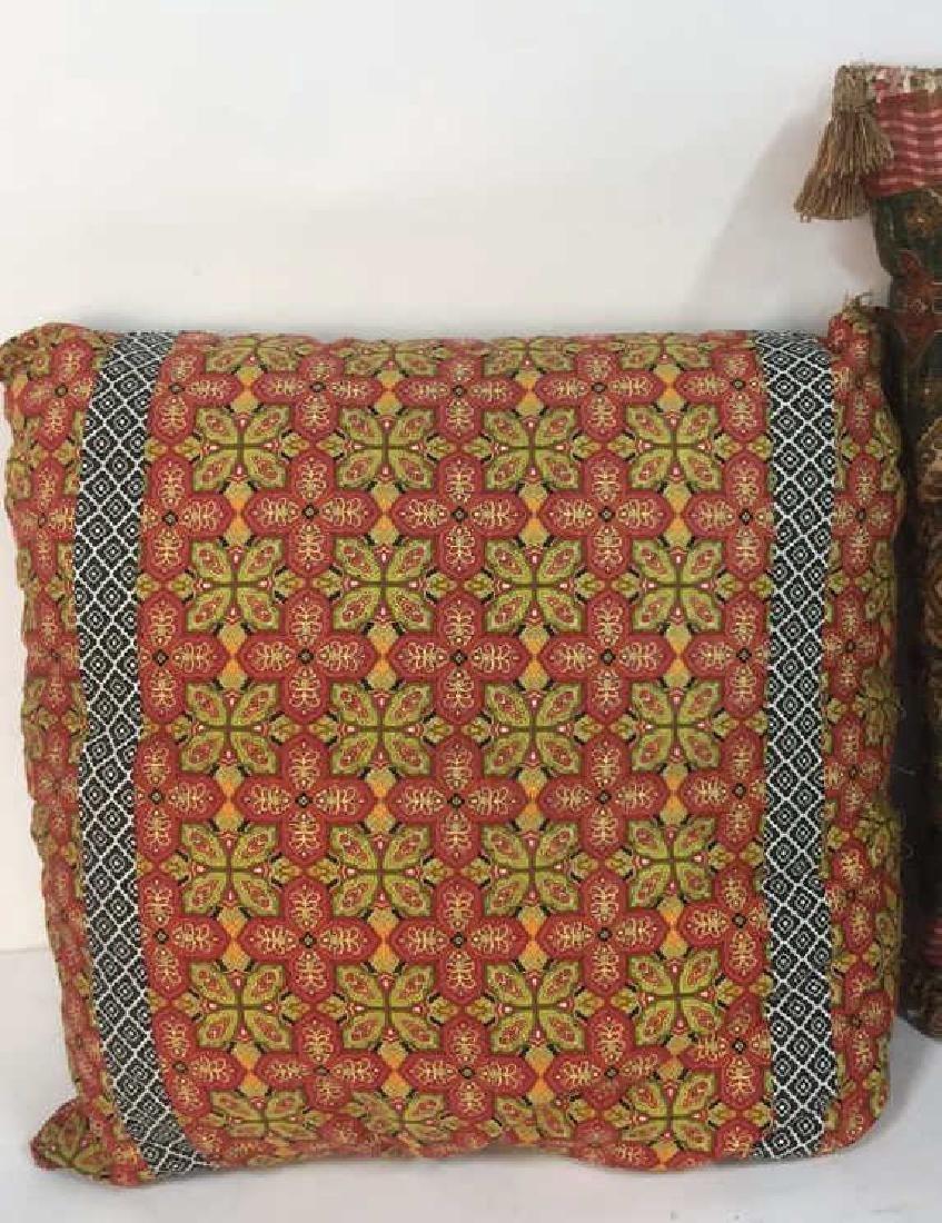 Lot 4 Colorful Decorative Throw Pillows - 4