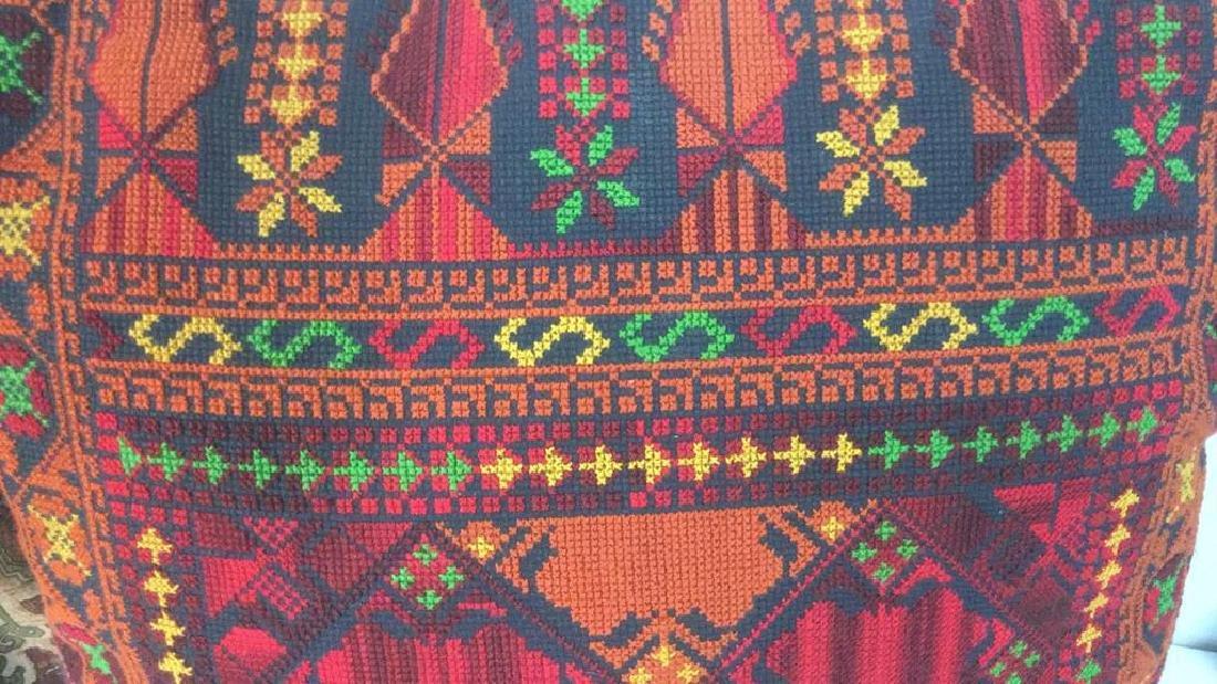 Lot 4 Colorful Decorative Throw Pillows - 9
