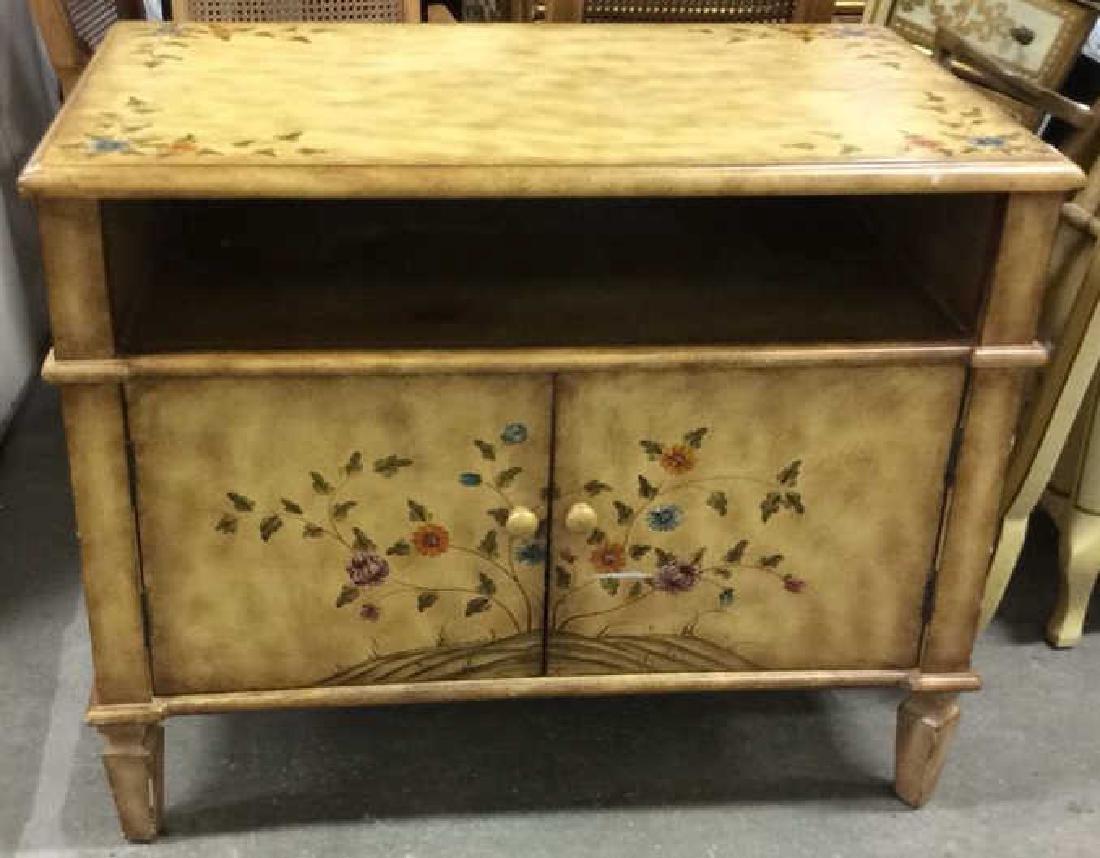 Vintage Wooden Floral Detailed End Table