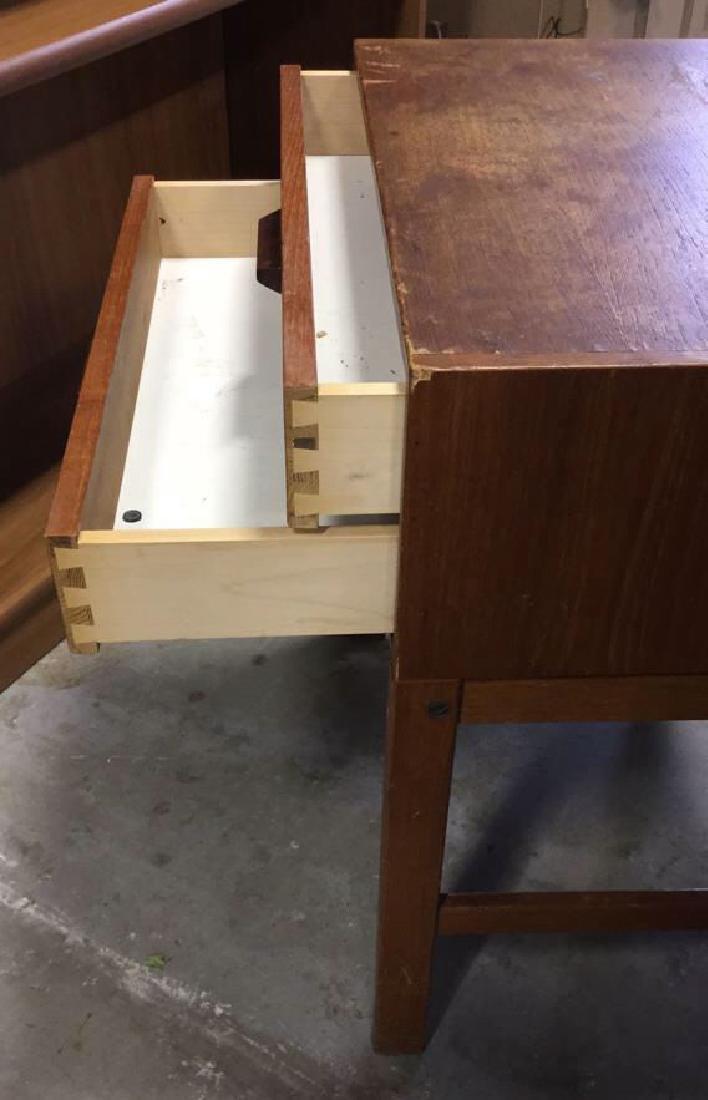 Vintage Mid Century Modern Wood Nightstand - 4
