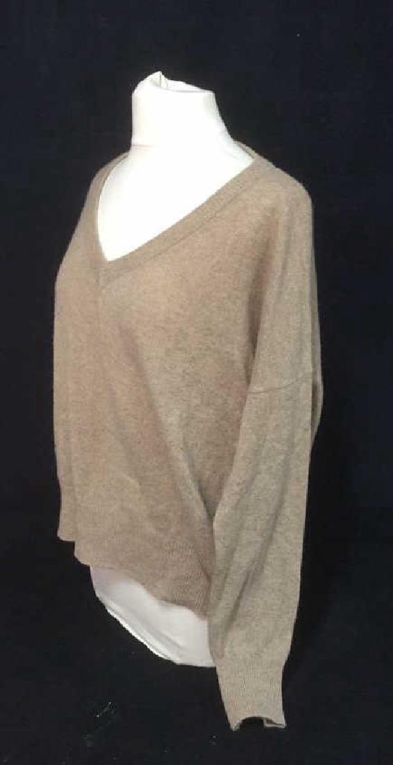 Minnie Rose Cashmere V Neck Sweater - 2