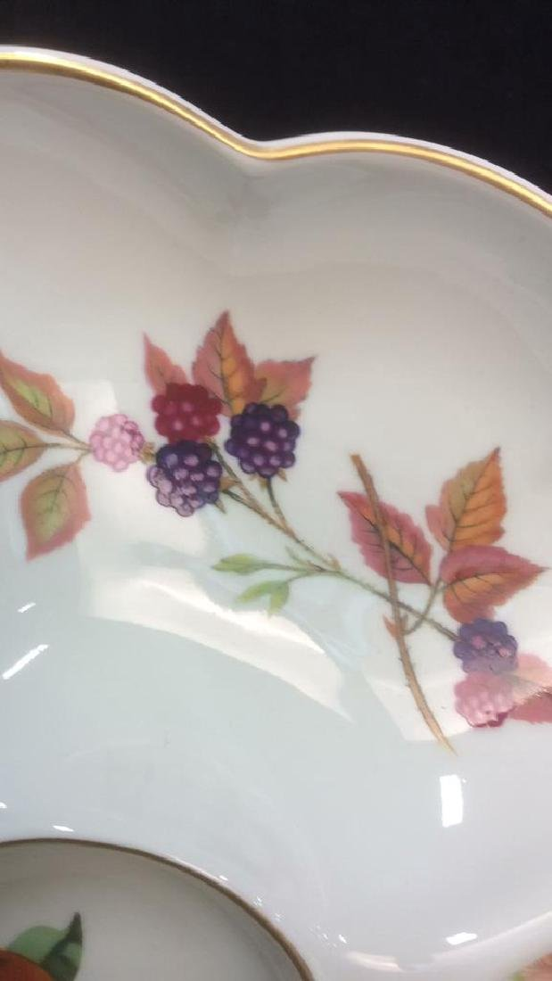 Royal Worcester Tray and Table Top Accessories - 4
