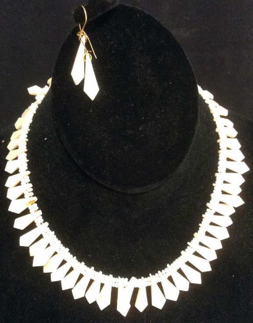 Set Shell Necklace w Earrings