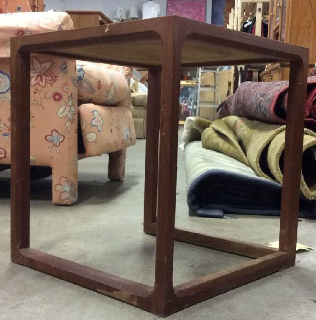 Lot 3 Wooden Nesting Side Tables Various Sized - 3