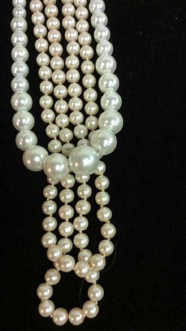 Lot 2 Pearl Beaded Necklaces - 2