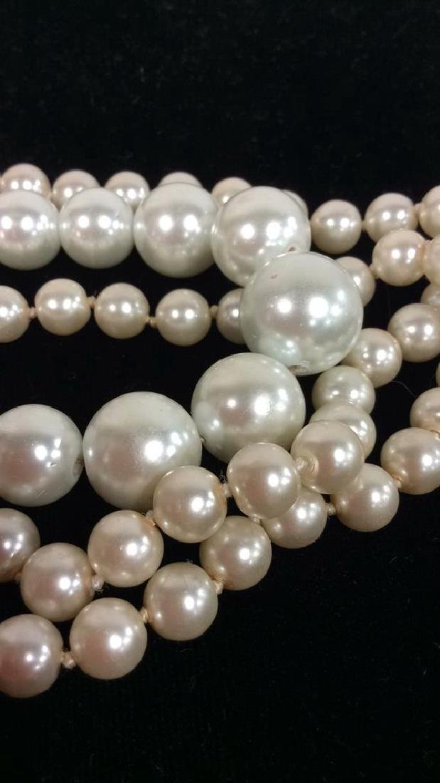Lot 2 Pearl Beaded Necklaces - 3