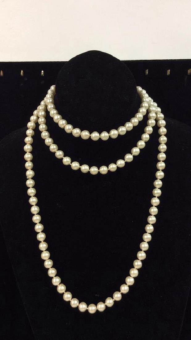 Lot 2 Pearl Beaded Necklaces - 8