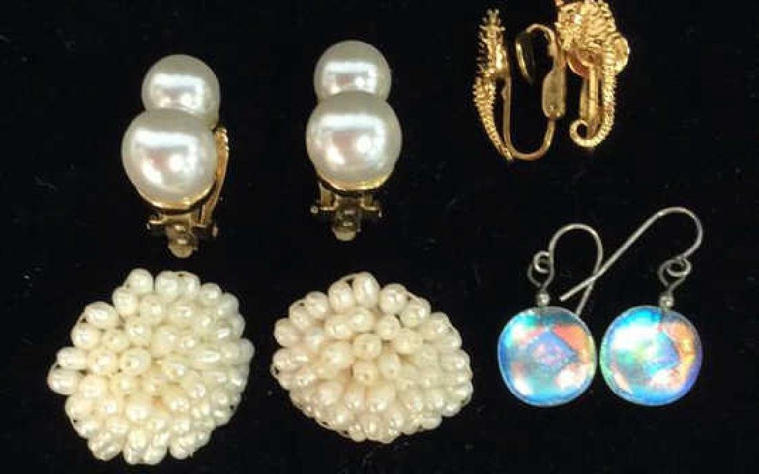 Lot 4 Assorted Women's Estate Jewelry Earrings