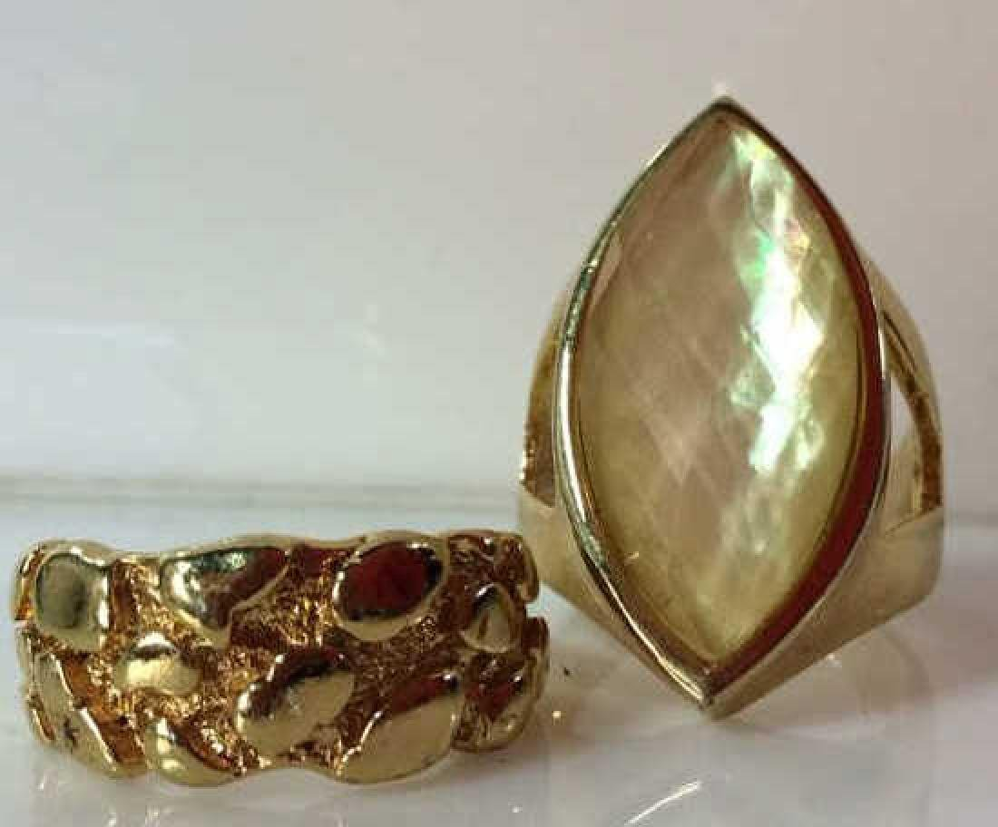 Pair Gold Toned Metal Rings Jewelry