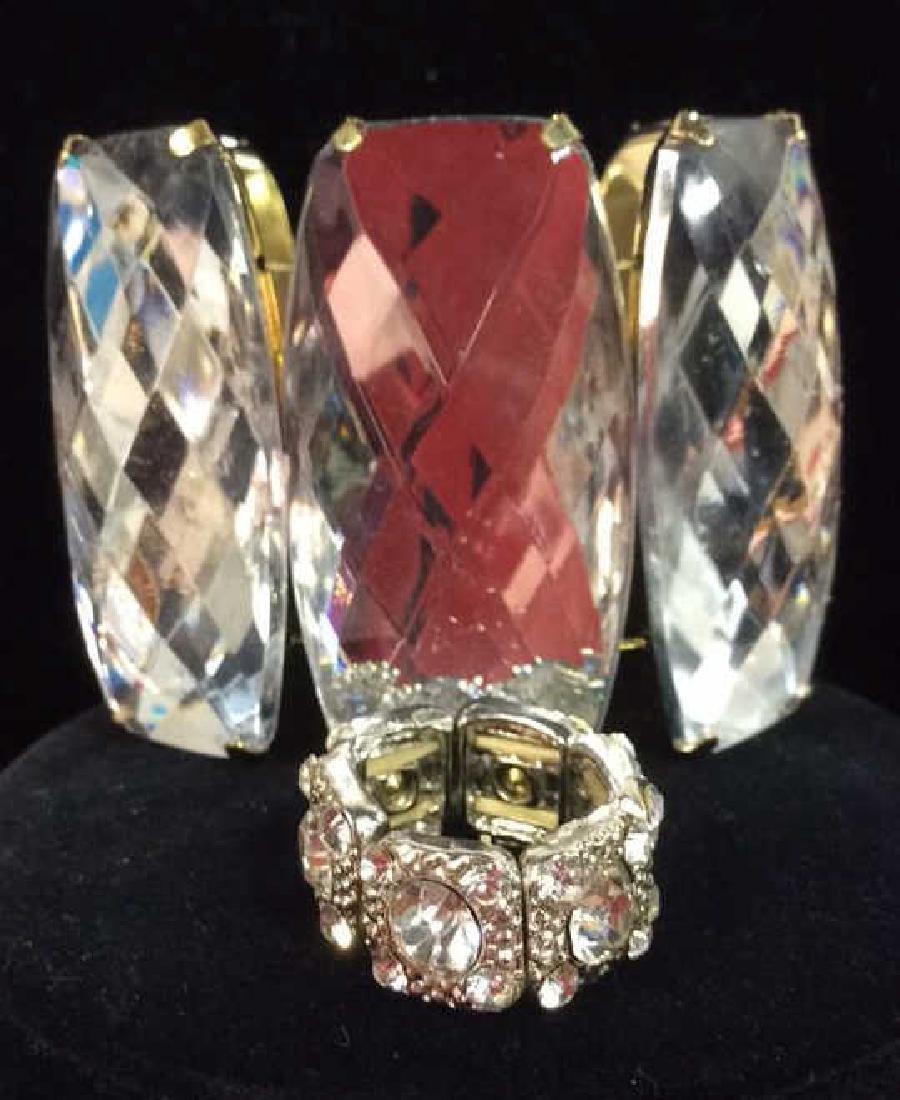 Lot 2 Rhinestone Jewelry Pieces