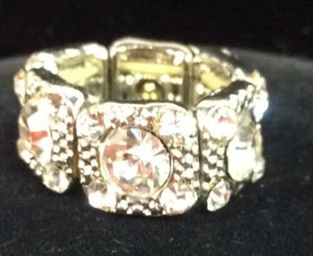 Lot 2 Rhinestone Jewelry Pieces - 7