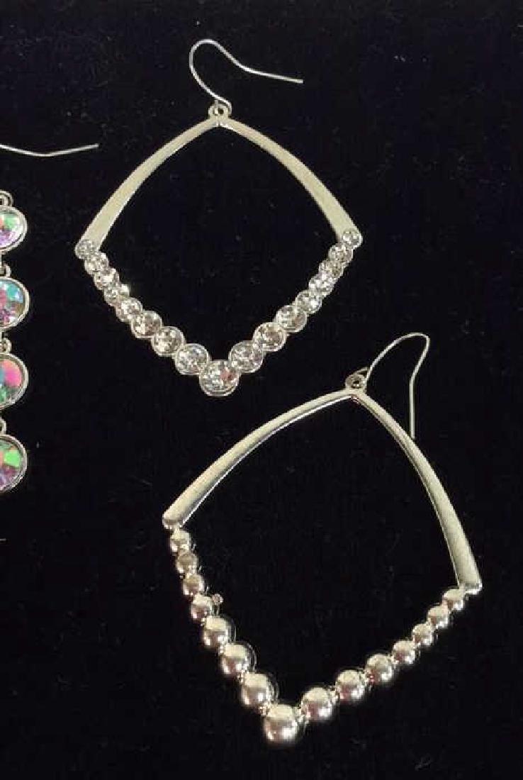 Lot 4 Assorted Women's Rhinestones Jewelry - 3