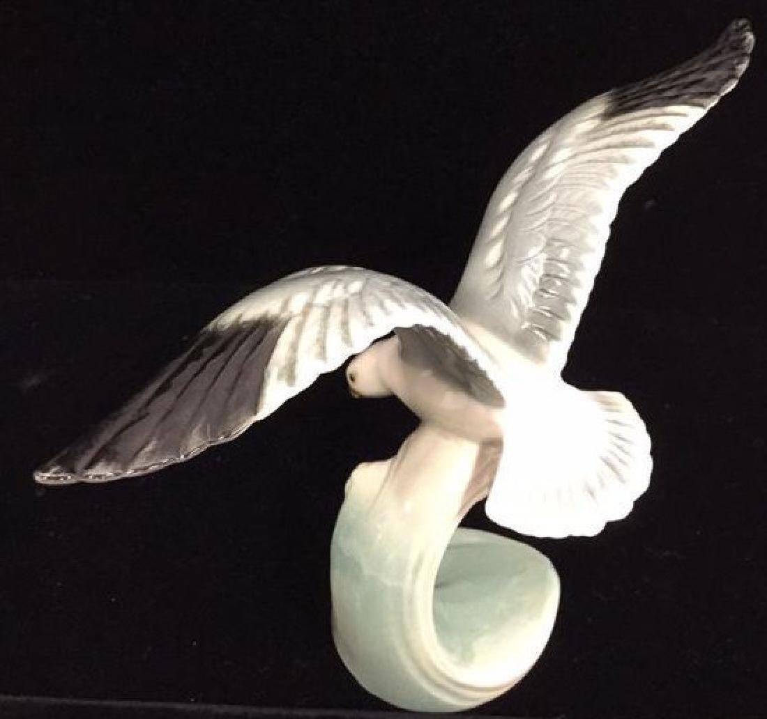 W Goebel Silver Gull Ceramic Porcelain Figurine - 3