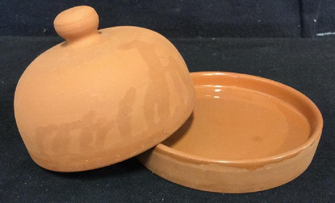 Lot 3 Terra-Cotta Garlic Roaster And Dishes - 3