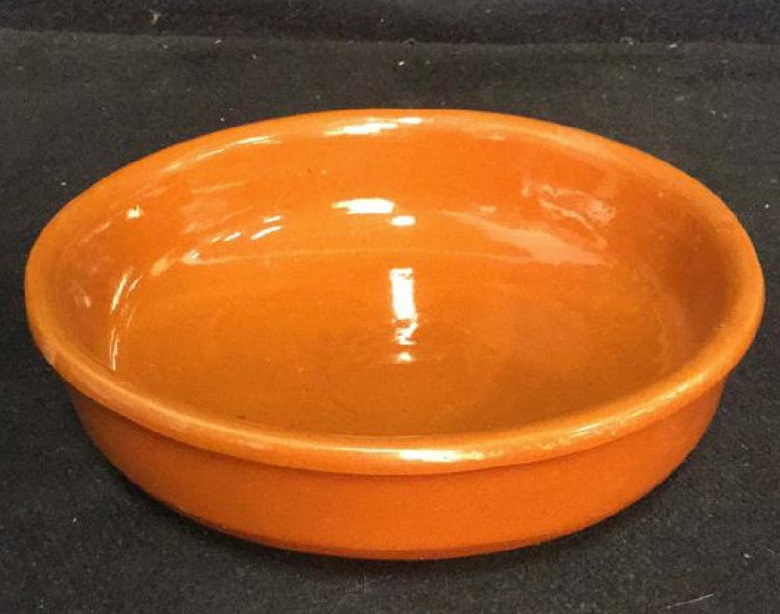 Lot 3 Terra-Cotta Garlic Roaster And Dishes - 7