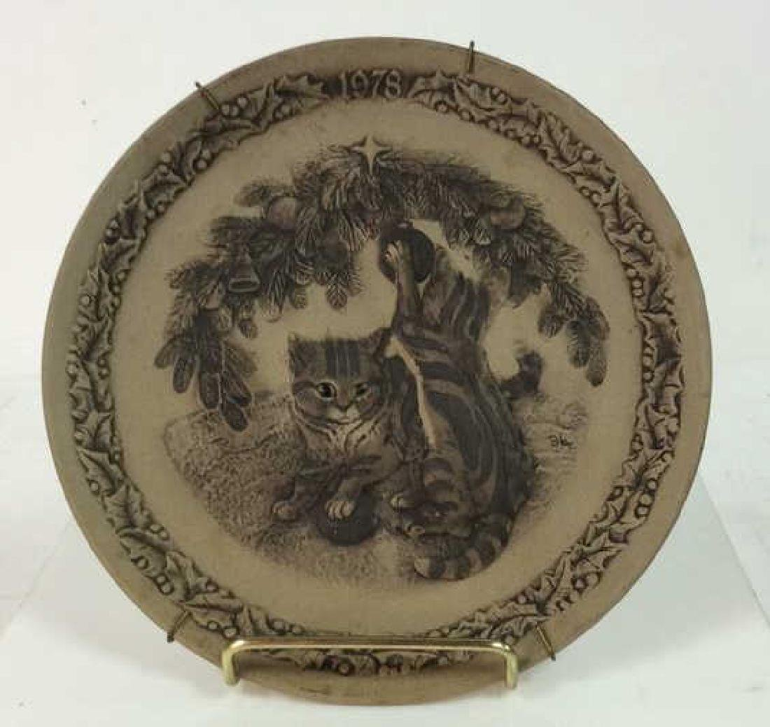 Pair POOLE Collectible Animal Featured Plates - 2