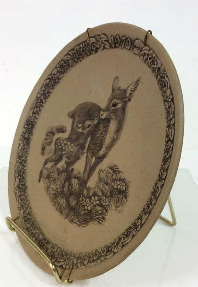 Pair POOLE Collectible Animal Featured Plates - 9