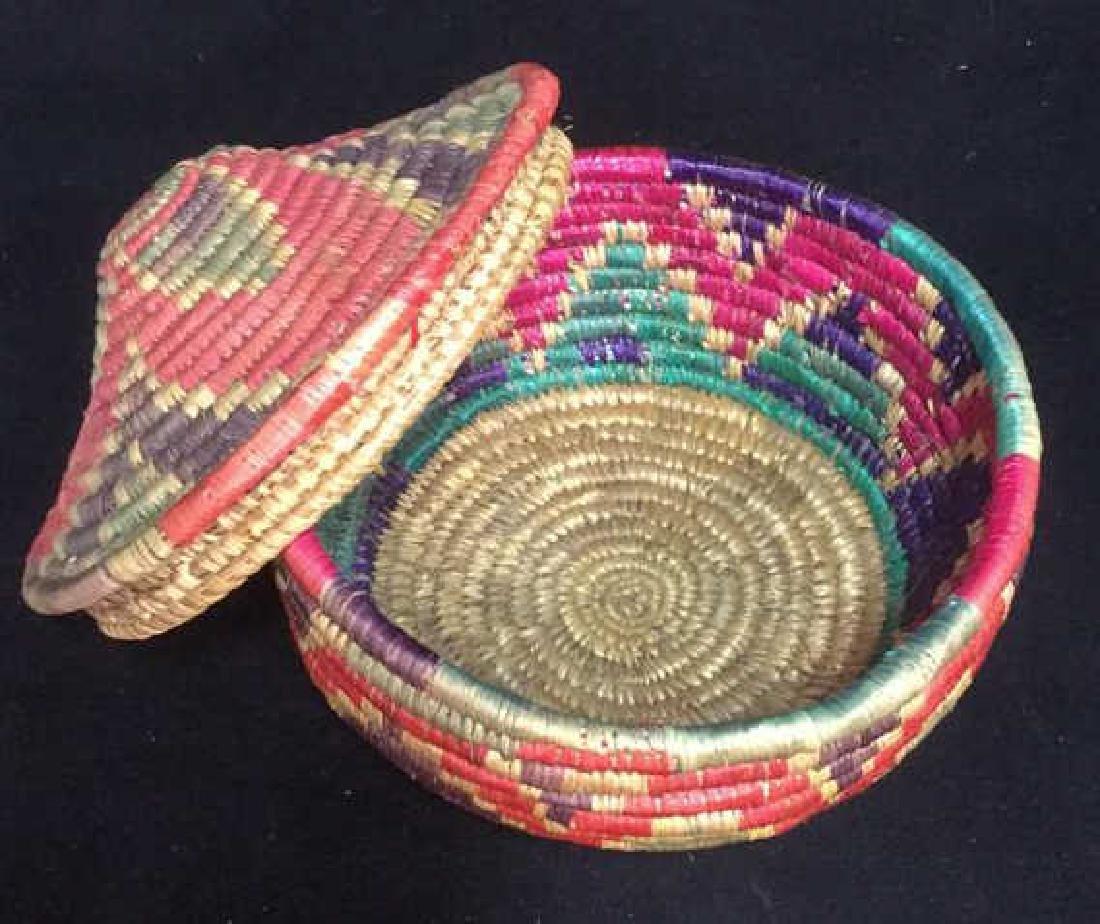Lot 4 Colorful Woven Straw BasketsCrafts - 3