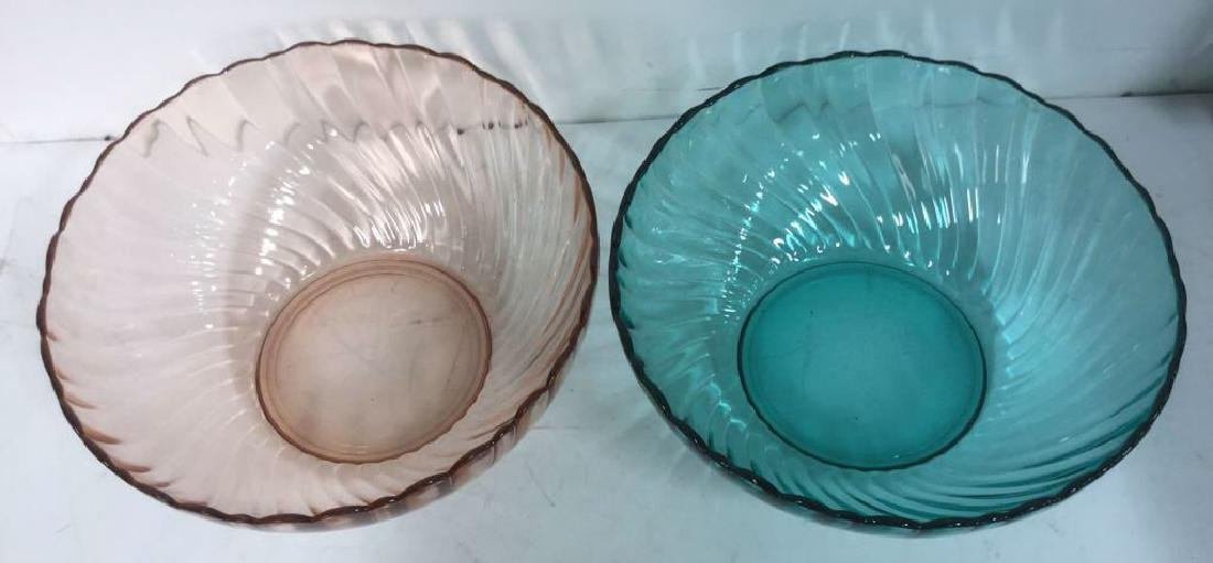 Lot 2 French Art Colored Glass Bowls - 2