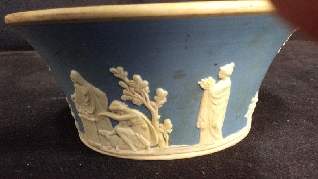 WEDGEWOOD Porcelain Jasperware Candy Dish - 5